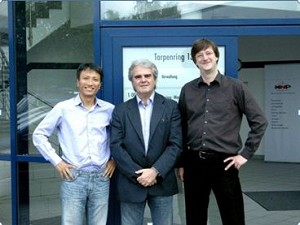 From left: SANG-Hwan Oh (KJ Radio), Marco Vatteroni (SpecTec Group) and Falk Aupers (CORENA)