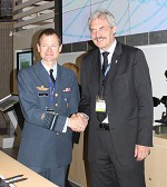 Lt General Per Pugholm Olsen, DALO signs ELA with Michael Holm, Systematic President & CEO at Eurosatory, Paris.